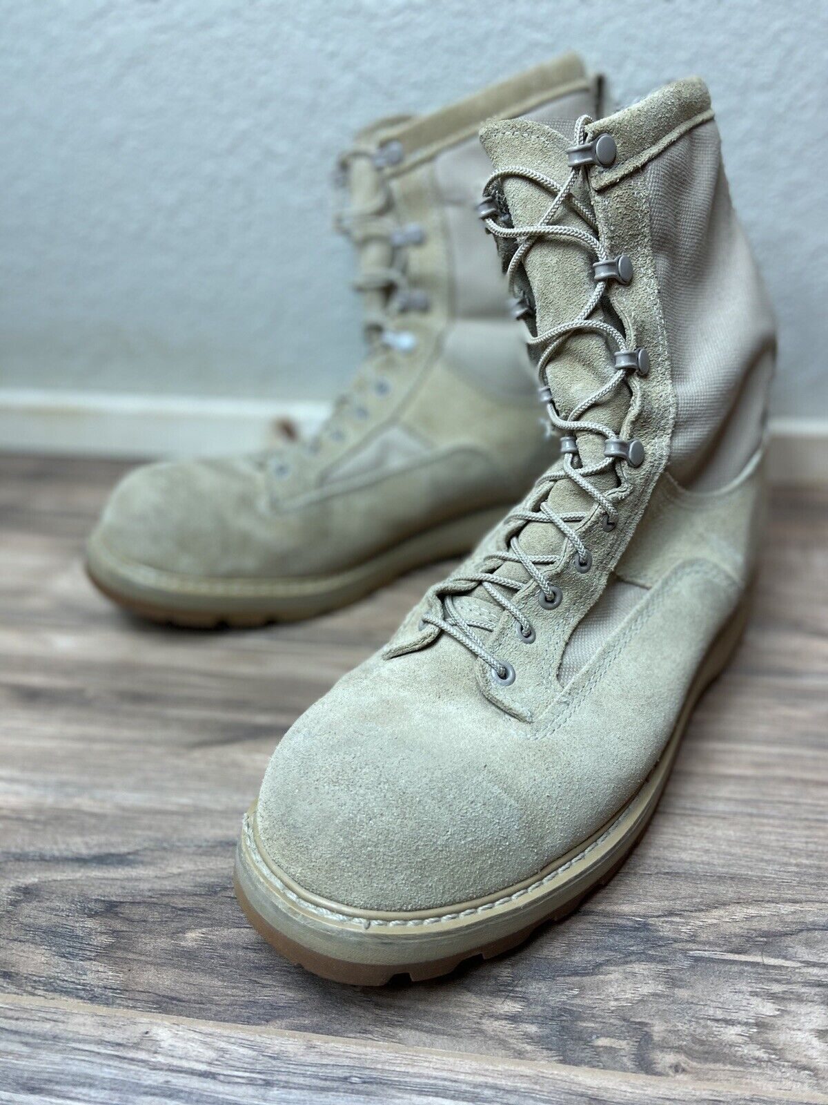 Bates GORE-TEX Army Tan Combat / Flight Apporoved Boots Size 12.5 R Vibram