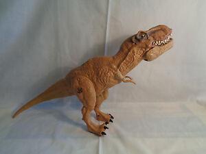 Universal Studios Jurassic World Hasbro Figura De Accion Bronceado Dinosaurio T Rex 17 Ebay Universal studios inauguró una nueva atracción, jurassic world, en los ángeles, en ee.uu. ebay