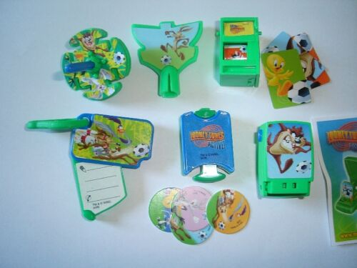 LOONEY TUNES ACTIVE SPORTS TOYS  2008 KINDER SURPRISE FIGURES COLLECTIBLES