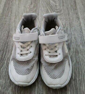 velcro closure tennis shoes