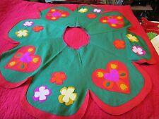 "Felt Green Christmas tree Skirt 50"" 6 Panel PA Dutch 1960's Hand-stitched tulips"