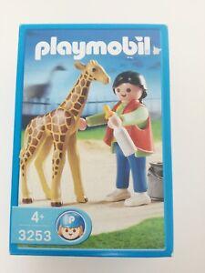 Playmobil-3253-Zoo-keeper-with-baby-Giraffe-MISB-NRFP