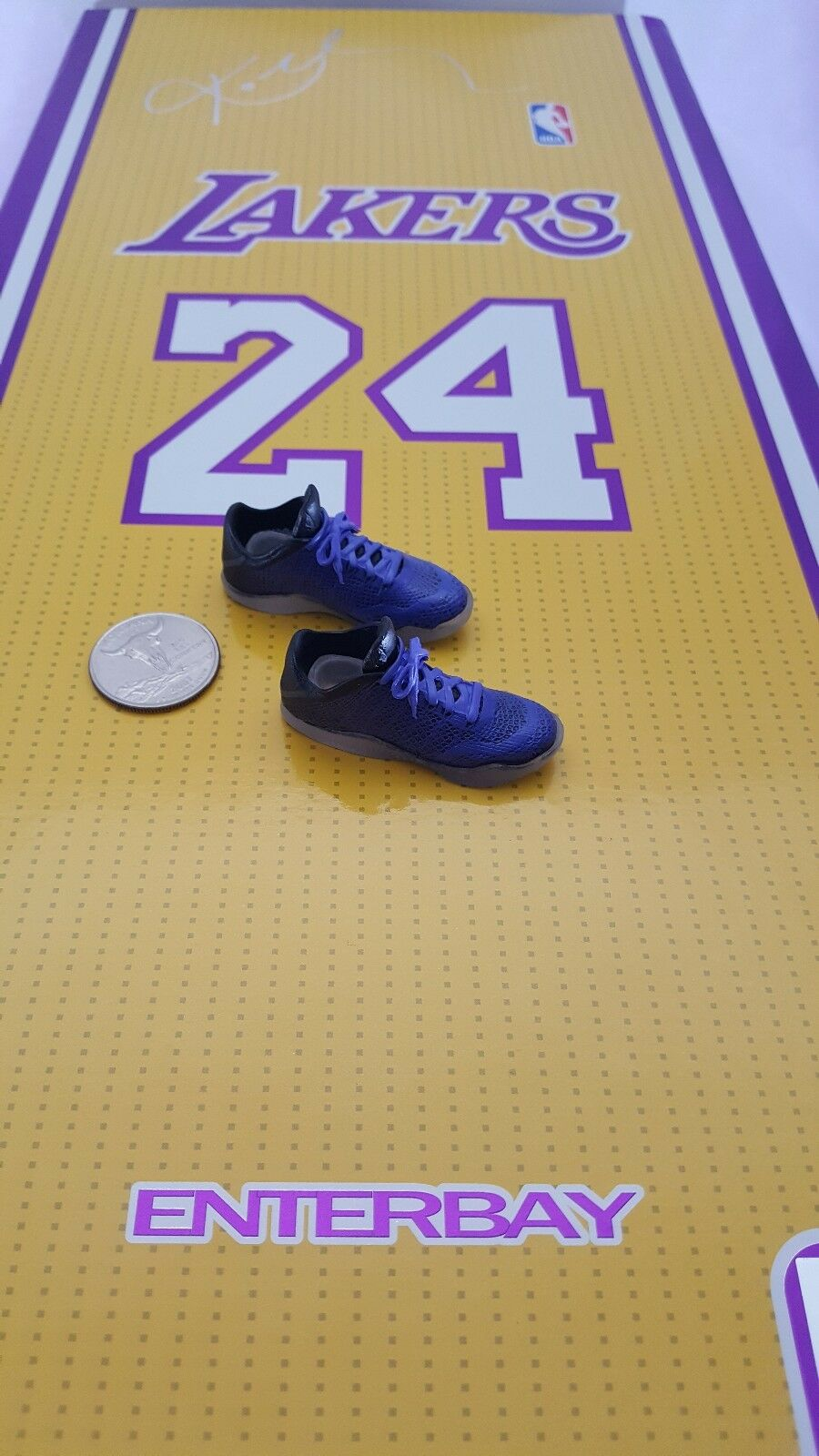 ENTERBAY 1 6 Lakers basketball Kobe Bryant Action Figure's sneakers shoes