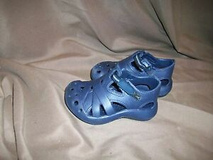 *USED* *WORN* TODDLER SIZE 5 NAVY BLUE WATER SANDALS | eBay