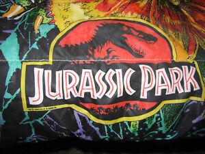 huge discount 34be3 dc237 Details about 1992 Jurassic Park Sleeping Bag 54 x 28 Dilophosaurus  Velociraptor