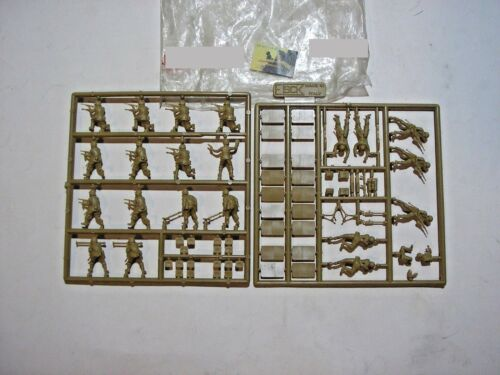 Sprue Soldatini ESCI Made in Italy plastica scala 1:72 #1