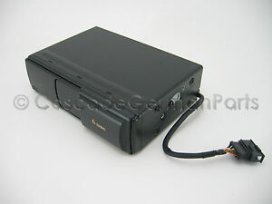 VW-New-OEM-CD-Player-Changer-Mk4-Golf-GTI-Jetta-Beetle-Passat-Touareg