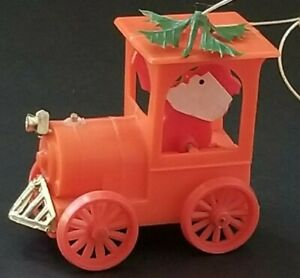 RARE-VINTAGE-DOUBL-GLO-RED-HARD-PLASTIC-CAR-SANTA-DRIVING-CHRISTMAS-ORNAMENT