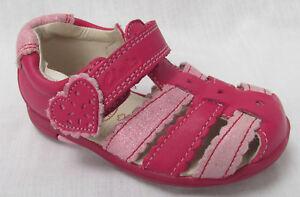 ecb6c0f3843 BNIB Clarks Girls Softly Palm Pink Leather First Sandals F Fitting