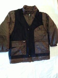 Giubbotto-imbottito-colore-marrone-e-nero-USATO