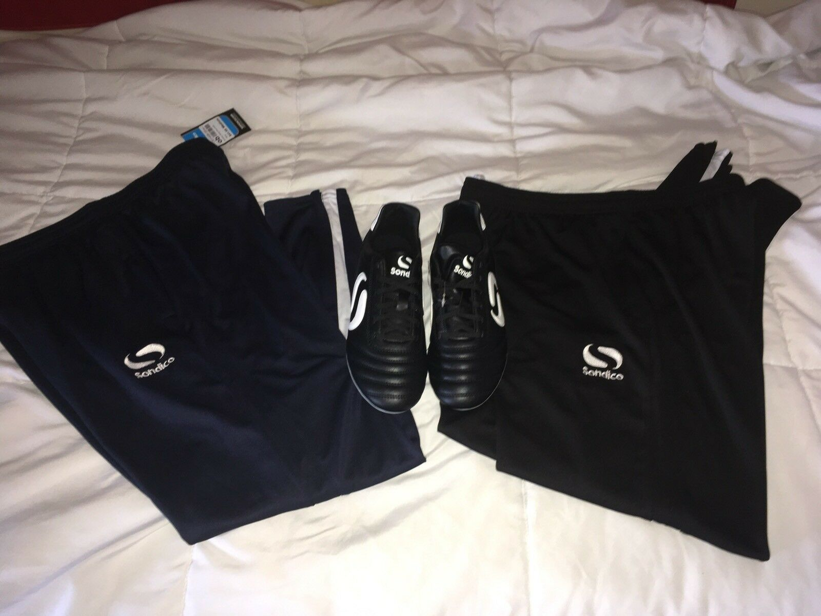 Sondico W/ Strike FG Cleats Schuhes  Men's Größe 8 W/ Sondico Training Pants Med Lot NWT e205bd