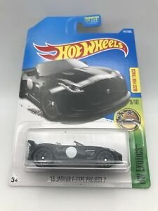 Hot Wheels 2017/' 15 Jaguar F-Type Project 7 HW Exotics 9//10 dvb12
