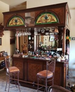 Vintage Home Bar With Mahogany Wood Canopy Style Four Chairs