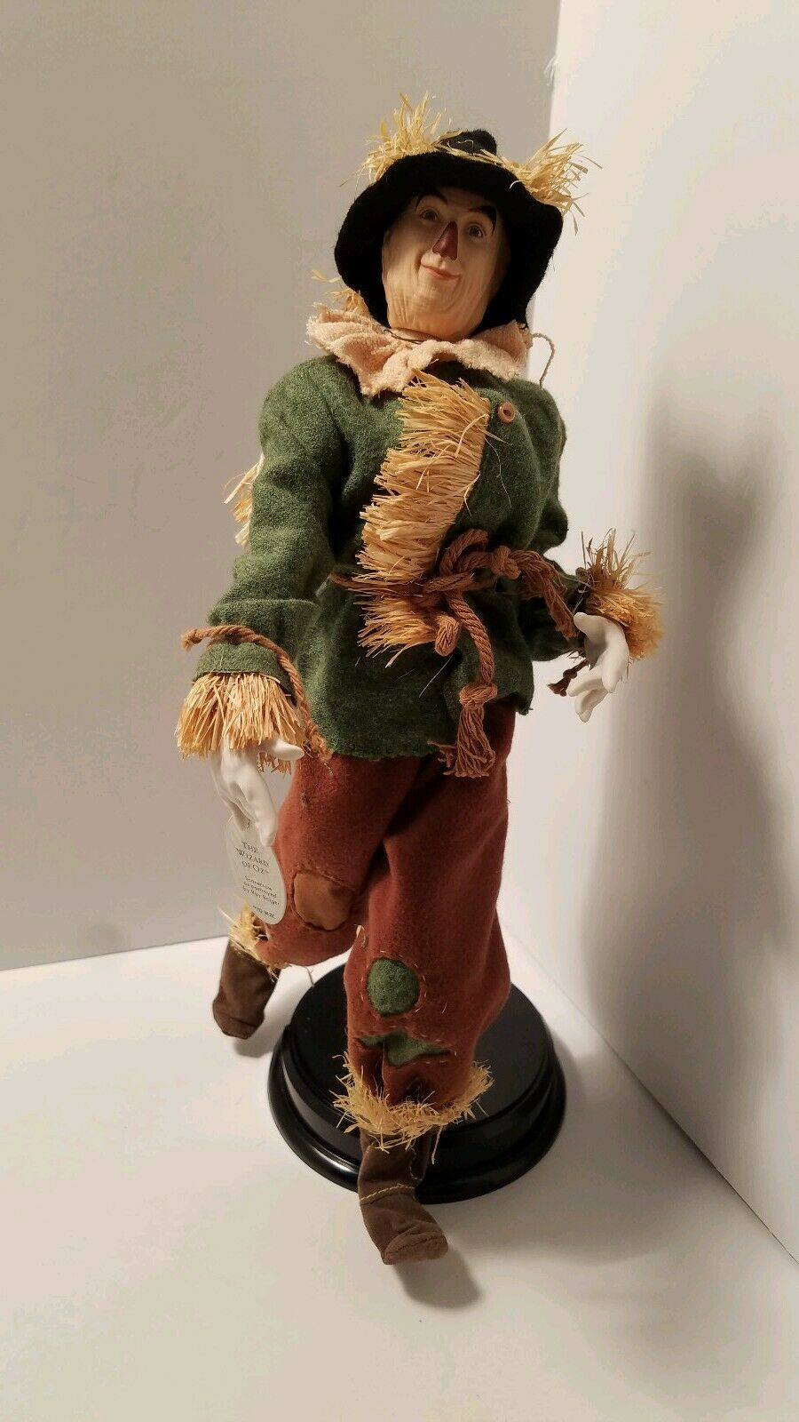 Wizard Of Oz Porcelain Collection Mattel 2000 Scarecrow Rare and Hard to Find