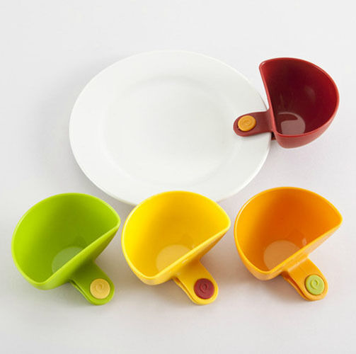 4x Assorted Colors Progressive Dip Clip Capacity Tiered Stand Creative Cup Bowls