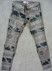 NWT Current//Elliott The ankle skinny jeans in vintage tribal destroy