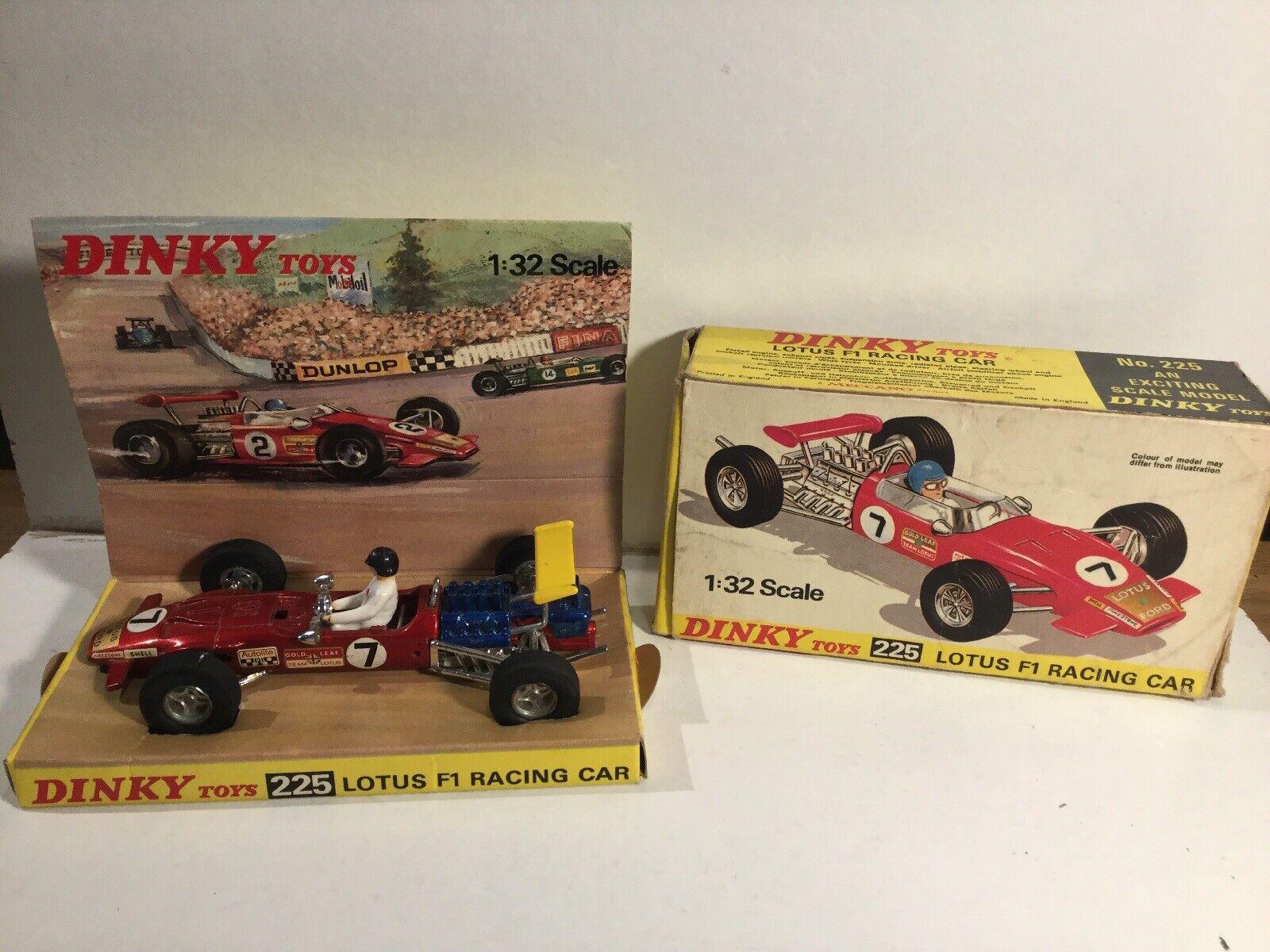 DINKY TOYS 225 Lotus F1 Racing car Formule 1 dans sa boîte d'origine