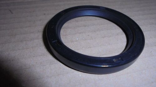 Triumph STAG ** DIFF OIL SEAL for side shaft ** 138523 TR4A TR5 TR6 2000 2500