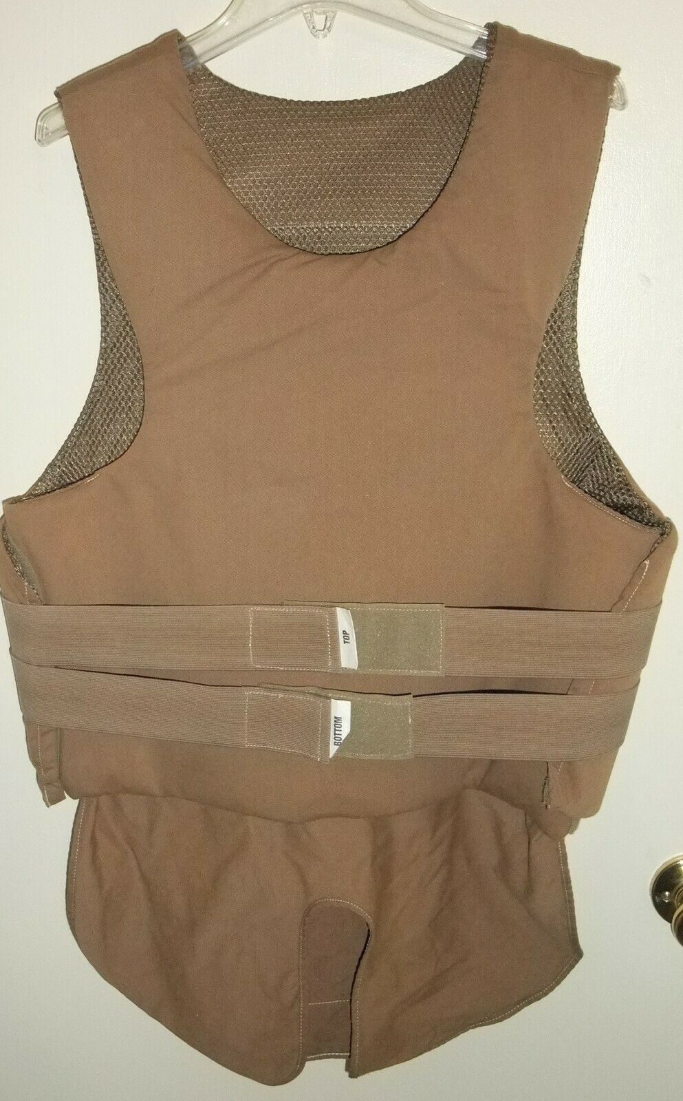 Safariland Armorwear Coyote Brown Concealable Level  II Body Armor Vest 42 X-Long  the classic style