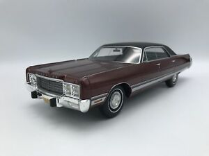 CHRYSLER-NEW-YORKER-BROUGHAM-1973-BoS-BEST-OF-SHOW-1-18-NEUF