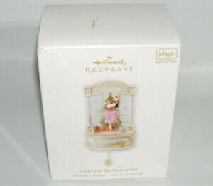 2010-Hallmark-Keepsake-Clara-and-the-Nutcracker-Magic-Sound-and-Motion-Ornament