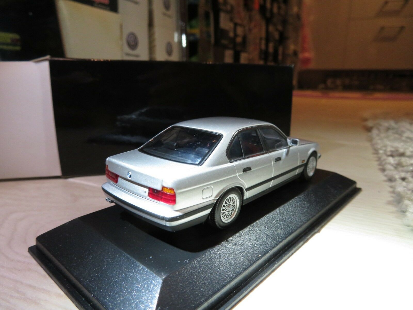 1 1 1 43 Minichamps BMW 535i (1988) diecast f60ed0