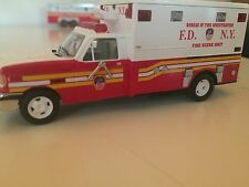 Code 3 FDNY Fire Marshall Fire Investigation Unit 1:64