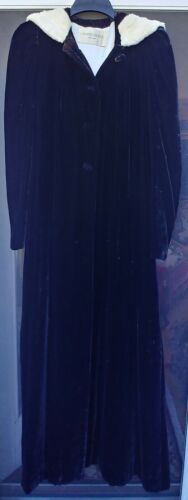VTG 1930s WOMEN BLACK SILK VELVET SATIN LINED FUR