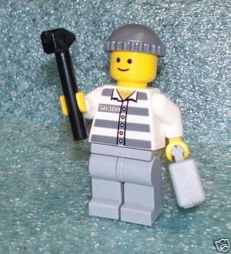 L10012     PRISONER      LEGO minifig     ** NEW **