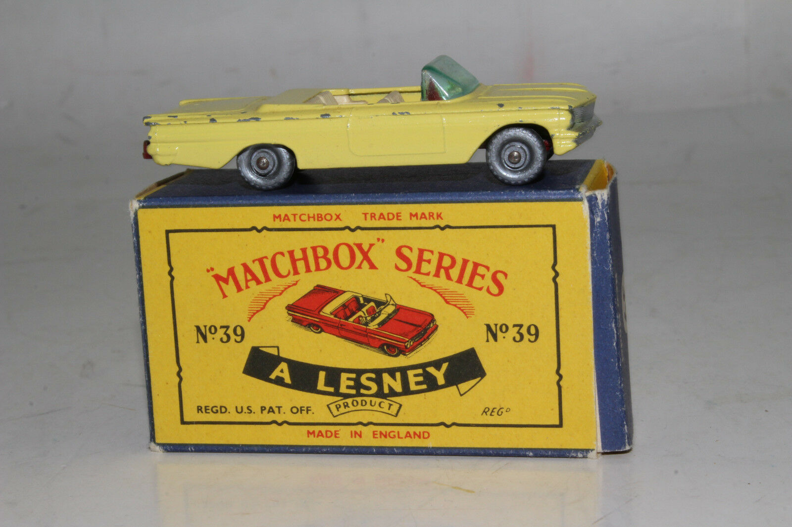 MATCHBOX LESNEY B PONTIAC CONgreenIBLE, YELLOW, MAROON BASE, SPW, BOXED TYPE C