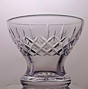 BEAUTIFUL-DESIGN-CUT-GLASS-LEAD-CRYSTAL-VASE