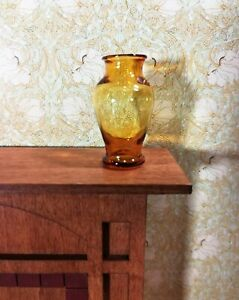 Dollhouse Miniature Pedestal Vase Large Amber Glass 1:12 Scale for flowers