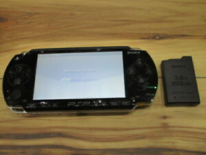 Sony-PSP-1000-Console-Piano-Black-w-battery-pack-Japan-m323