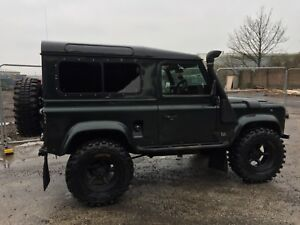 land rover defender 300 tdi county station wagon - Knowsley, United Kingdom - land rover defender 300 tdi county station wagon - Knowsley, United Kingdom