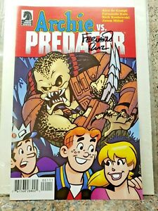 ARCHIE-vs-PREDATOR-Ashcan-Comic-Book-SIGNED-by-Fernando-Ruiz-1-NYCC-Dark-Horse