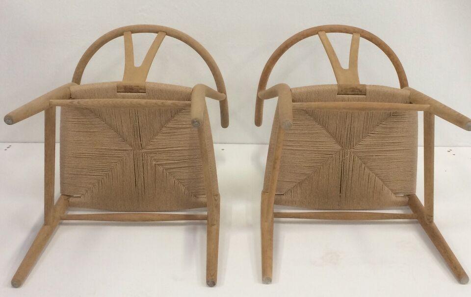 Brændemærket y stole