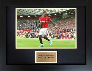 Marcus-Rashford-Manchester-United-Framed-Autograph-Signed-Photo-Display-COA