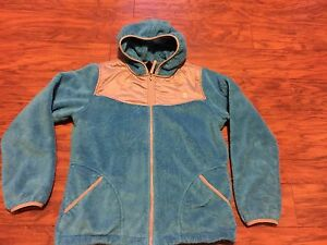 69a182f8b3ed Girl s The North Face Oso Hooded Fleece jacket XL (18) turquoise ...