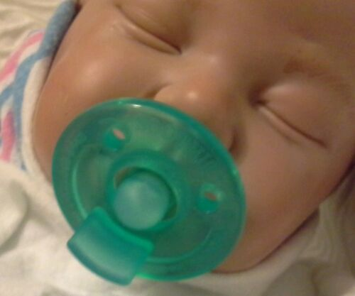 Reborn Doll Soothie Magnetic Pacifier with Extra Magnet For Reborn Doll