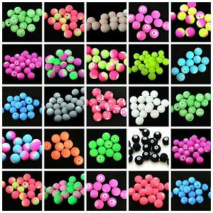 PICK COLOUR * 30 x 10mm Rubber Look /& Texture Round Glass Beads Jewellery