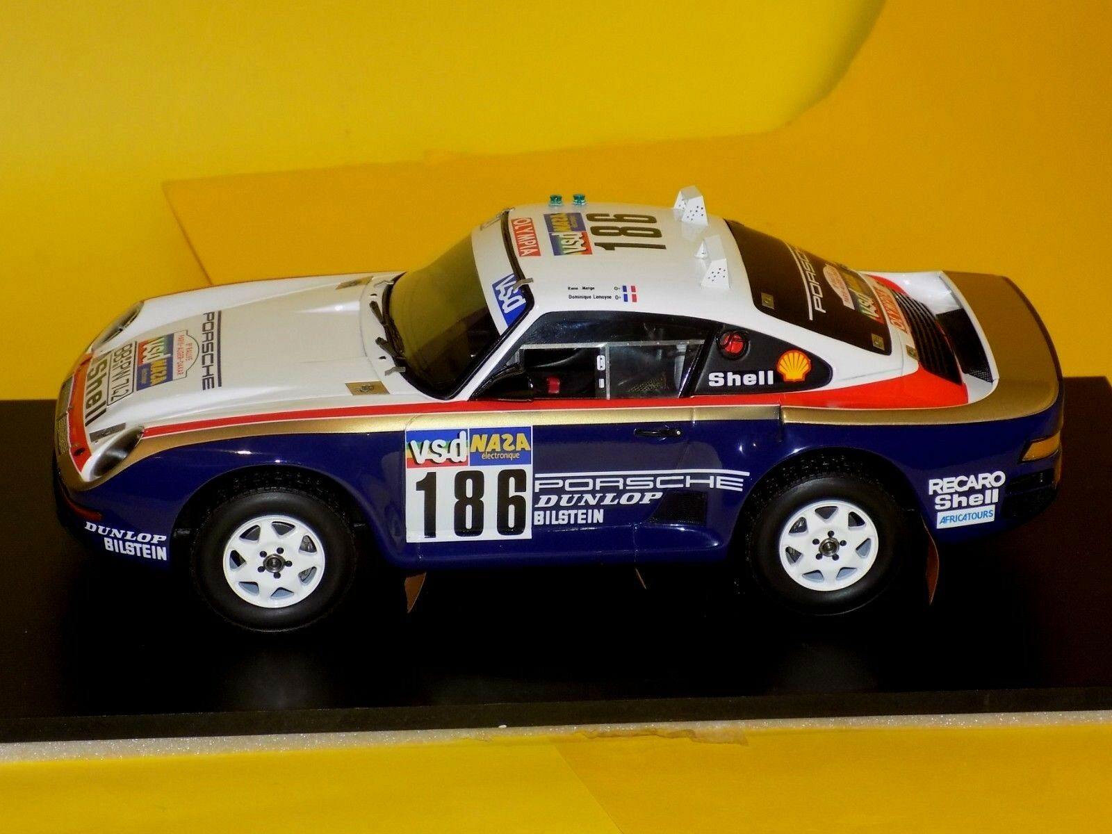 Porsche 959 959 959 50 redHMANS Winner Paris-Dakar 1986 TRUE SCALE TSM121807R 1 18 910870