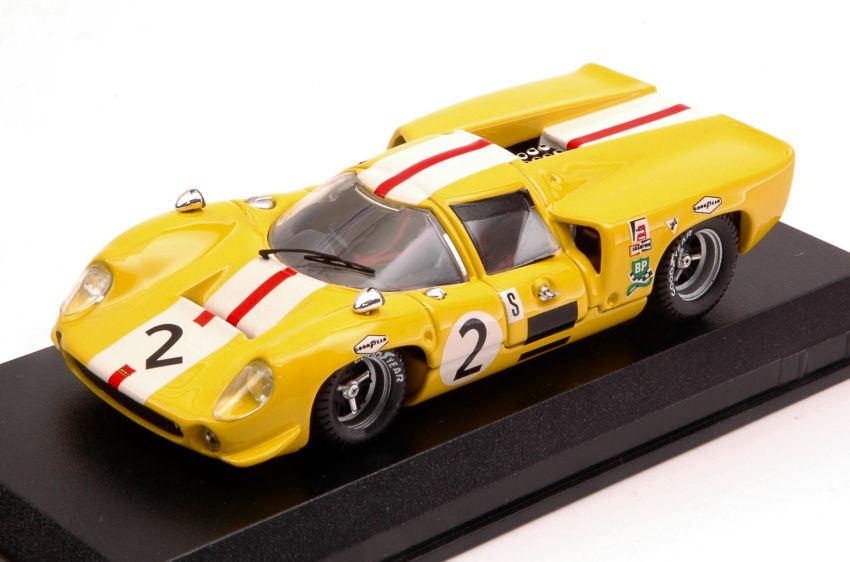 Lola T70 Coupe'  2 6th 6 H Brands Hatch 1968 J. Bonnier   S. Axelsson 1 43 Model