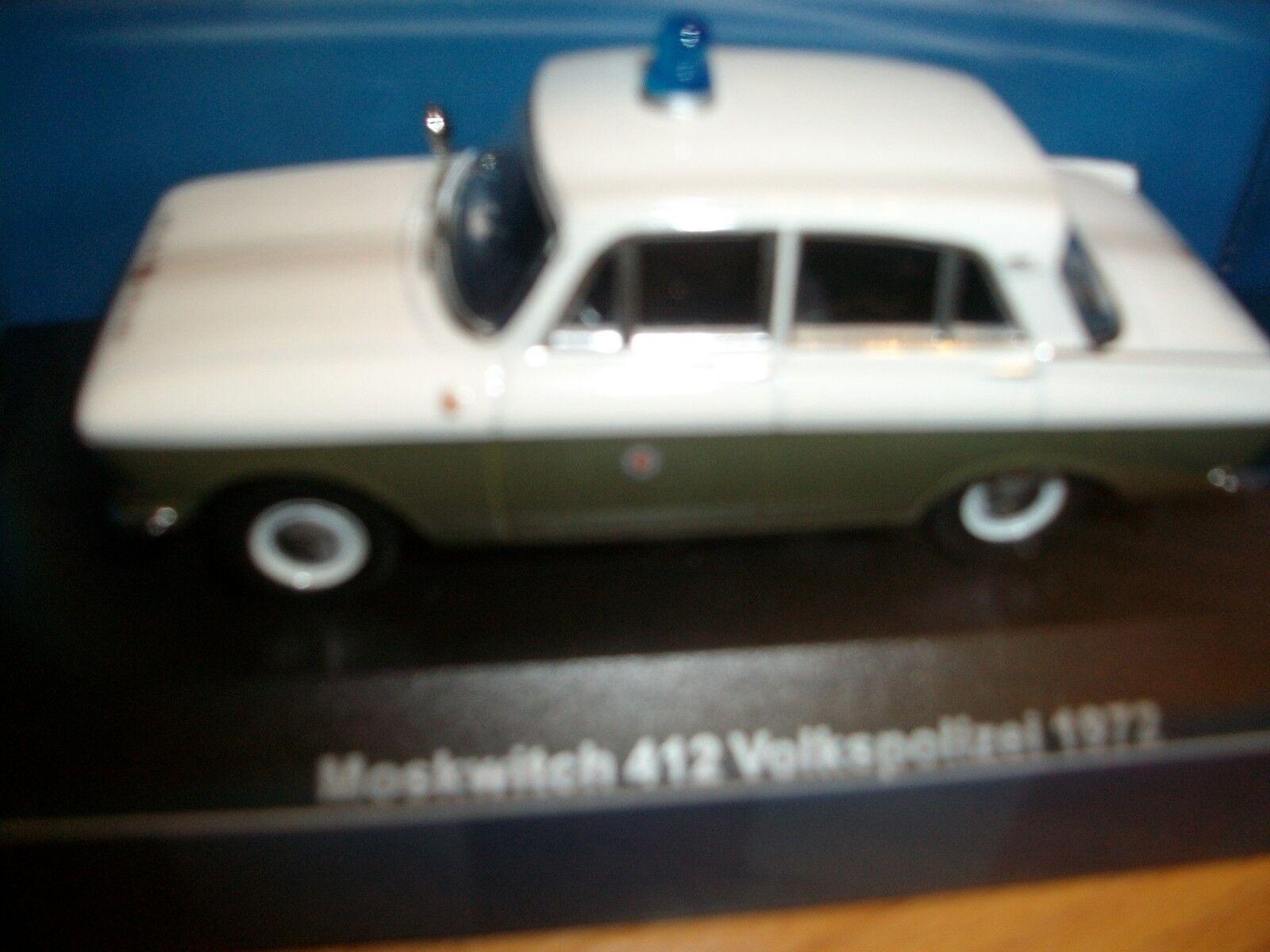 Moskwitch 412 VoPo VP Volkspolizei 1972 DDR 1 43 IST CARS&CO limitiert 999 St.