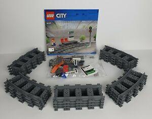 Lego City Eisenbahn Zug Schienen Set - Geraden, Kurven, Bahnsteig aus 60197 NEU