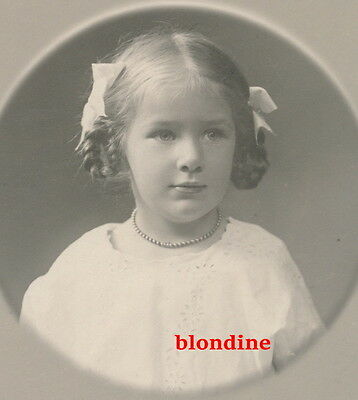 CDV: PORTRAIT, LITTLE GIRL, nice HAIR STYLE, named, 'Renate Rive'; Germany, 1914