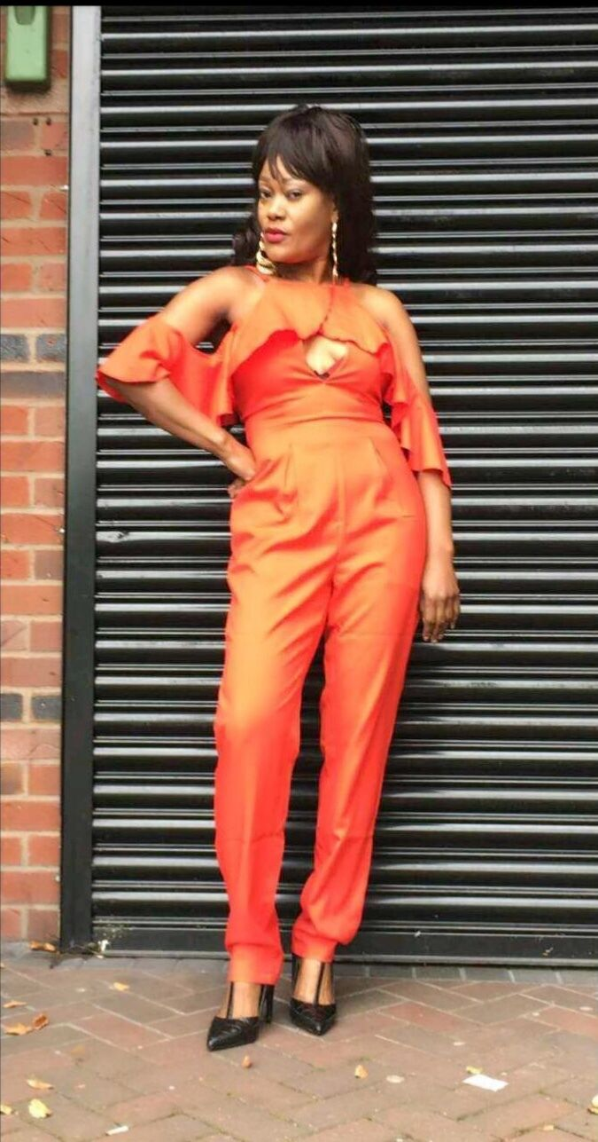 Cold Shoulder Ruffle Jumpsuit in red, (High Quality)
