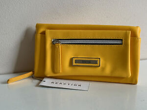NEW-KENNETH-COLE-REACTION-YELLOW-TECH-PHONE-DEVICE-CLUTCH-WALLET-60-SALE