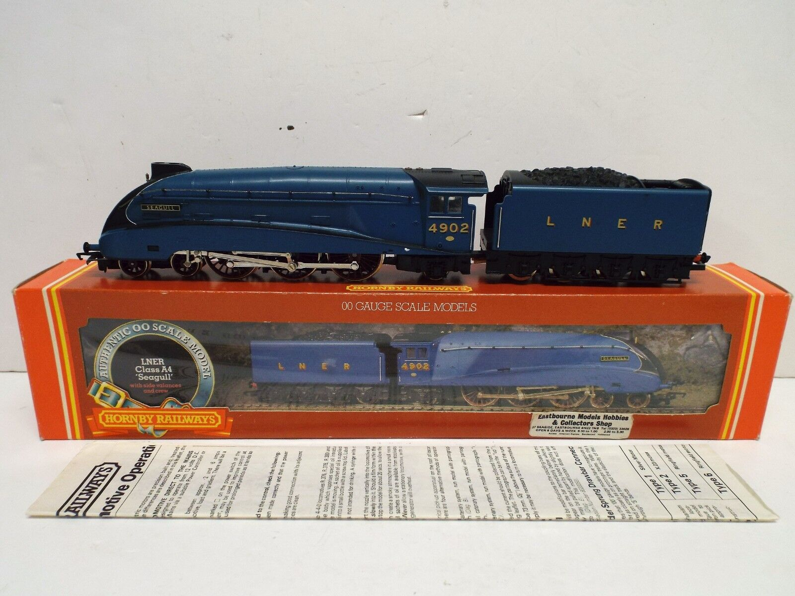 HORNBY R372 LNER CLASS A4 SEAGULL 4902 MINT BOXED (OO834)