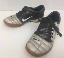 Mens NIKE TOTAL 90 III IC INDOOR SOCCER SHOES black silver 308940-103XC Sz 8.5