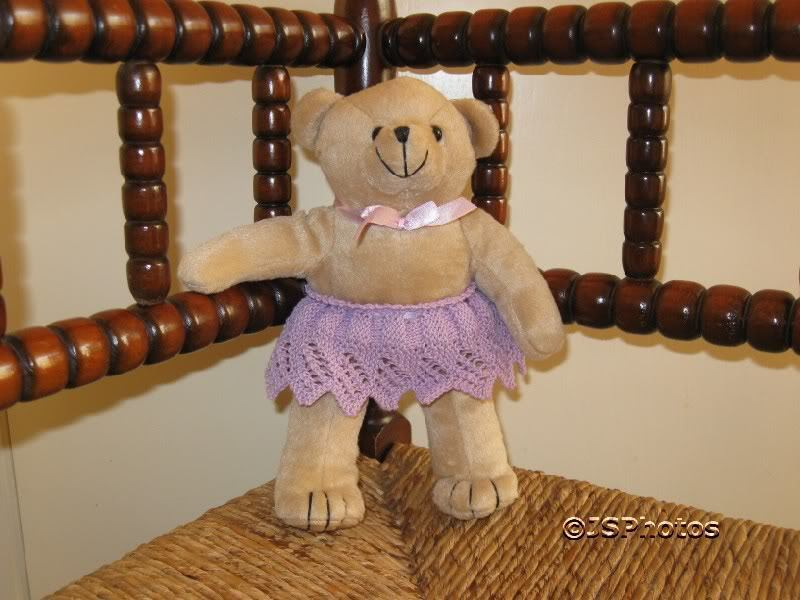 Braun Knitted UK Bear With lila Hand Knitted Braun Skirt ccea25